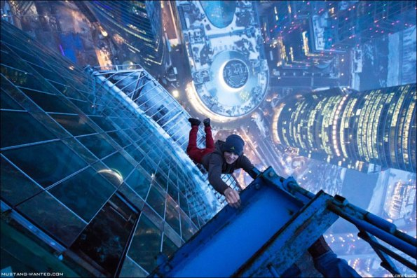 extreme-rooftopping-skywalking-photos-mustang-wanted-russia-16